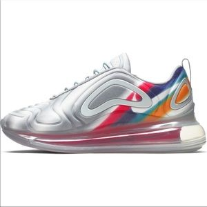 Nike Air Max 720 Grey Nebula Rainbow Womens Size 9
